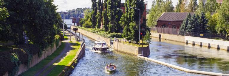 Veneitä Valkeakosken kanavassa
