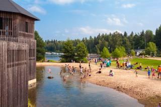 Seikkailupuisto ja Apian uimaranta Valkeakoskella