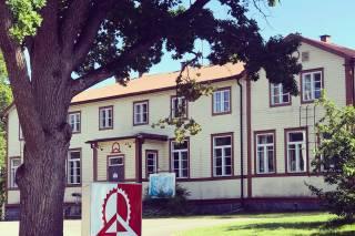 Majoitusrakennus Päivölän opistolla Valkeakoskella