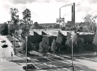 Kuvassa Valkeakosken vapaa-aikakeskus vuodelta 1986