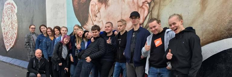 Tietotien lukiolaisia Berliinissä