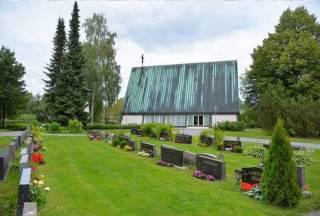 Kappelikirkko ja hautausmaa.
