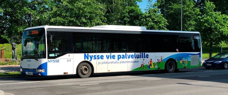 Nysse paikallisbussi liikenteeessä